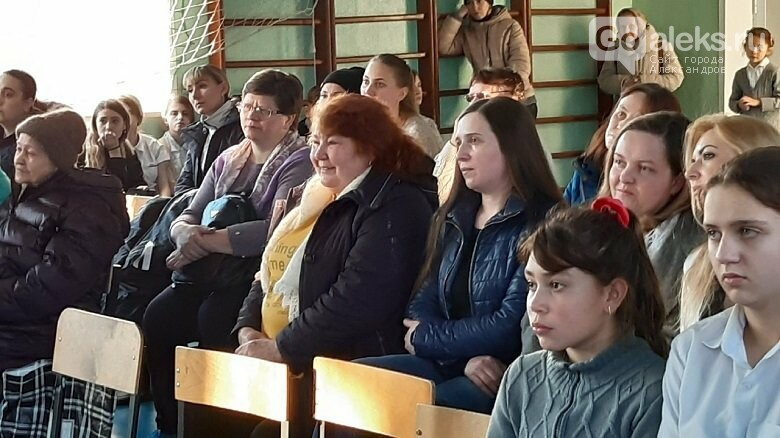 8 школа города Карабаново отмечает день матери, фото-3